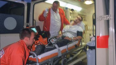 Rettungsdienst Trage 3