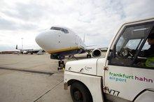 Flughafen Bild mit Passagen Personal