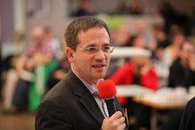 Der Verhandlungsführer Frank Hutmacher