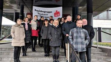 Sparkassenbeschäftigte unterstützen die Warnstreiks zur TRöD in Lünen (21.03.2018)