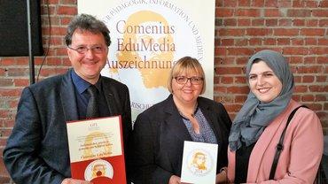 Auf dem Bild v.l.n.r.: Michael Landgraf (Neustadt/Weinstraße), Beate Brauckhoff und Saida Aderras (beide Dortmund).