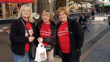 Bild der Aktionistinnen in der Innenstadt von Worms